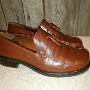 Franco Sarto Flex brown tassel loafers 8M